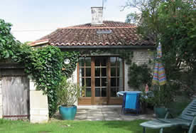 french gite with pool to rent for holidays